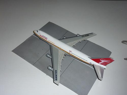Qantas 1/200 747-200 Hasegawa Plastic Kit