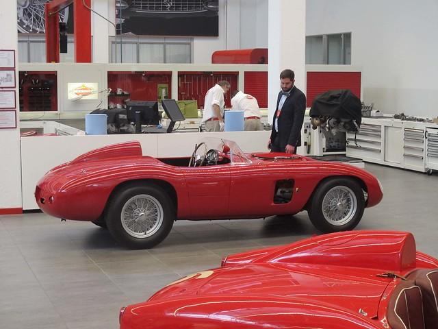 Ferrari Factory Tour In Maranello Italia 21 Explore