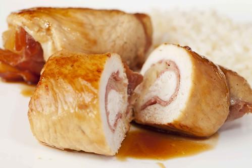 Rotllets de pollastre, pinya i bacó 3