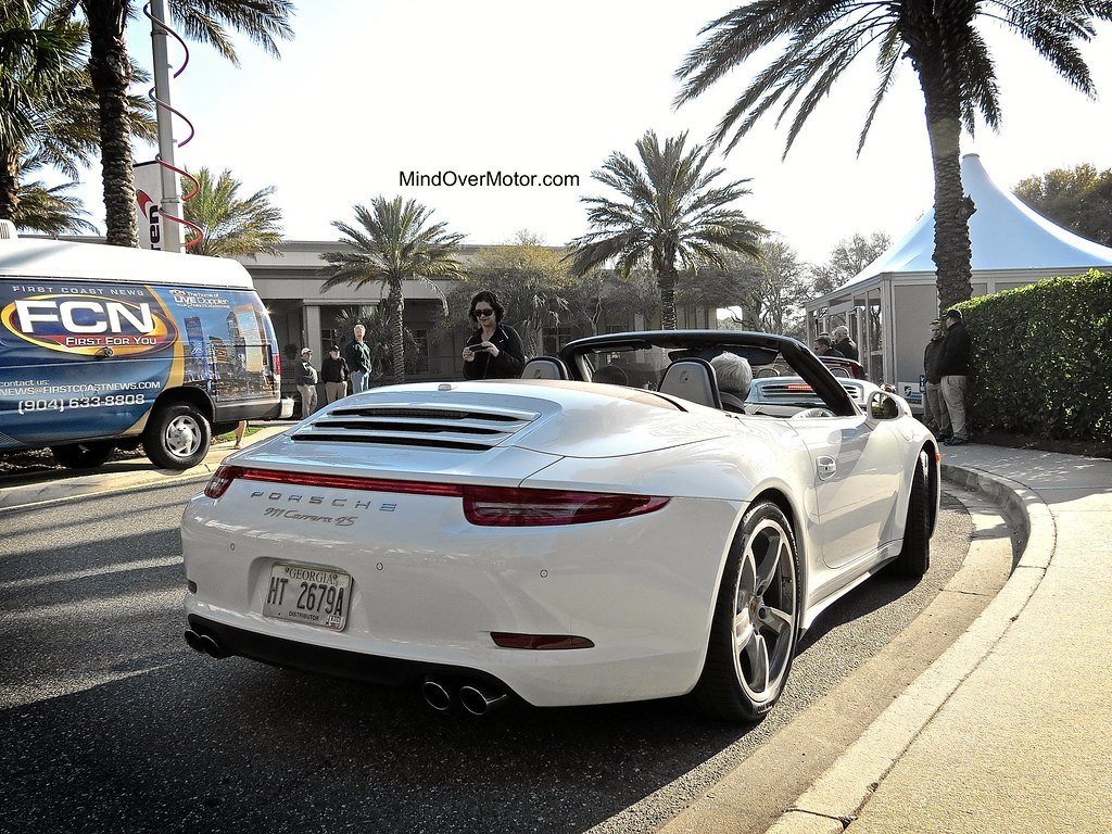 test driven 2014 porsche 991 carrera 4s cabriolet 9 5 10. Black Bedroom Furniture Sets. Home Design Ideas