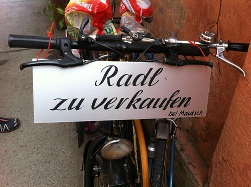 Gebrauchte Räder in München im Hinterhof