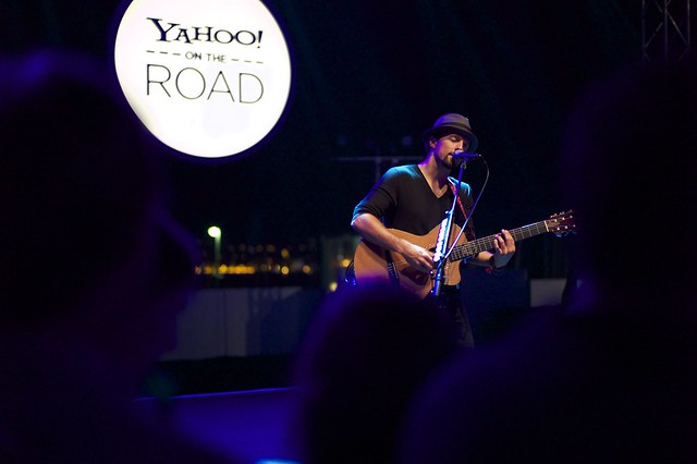 Yahoo! On the Road with @jason_mraz in #Cannes #Yontheroad