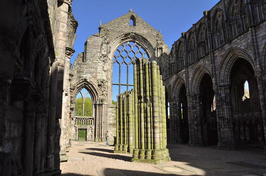 Holyrood Palace ruins