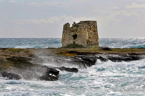 sea italy italia mare torre wind puglia vento taranto apulia jonio saracena torresgarrata schiaffo zoccoleium torrezoccoleium