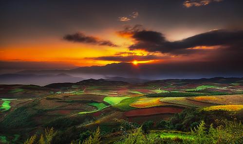 china rural sunrise landscape landscapes filter lee kunming yunnan cina carlzeiss dongchuan kumning nikond3 carlzeiss21mmf28 finalartgallery