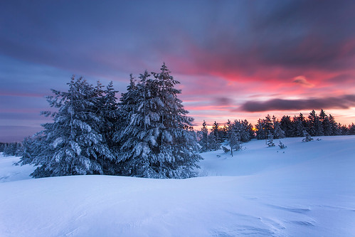 winter sunrise bulgaria