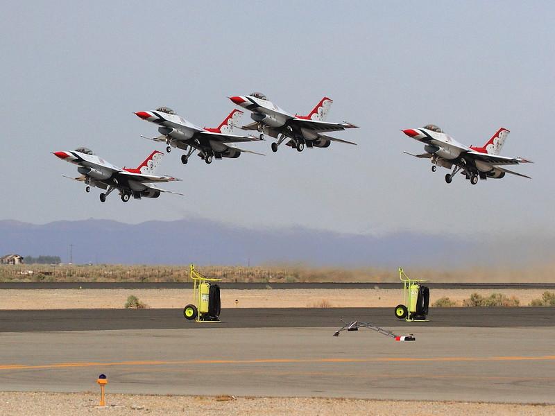 IMG_7675 Thunderbirds Diamond Taking Off