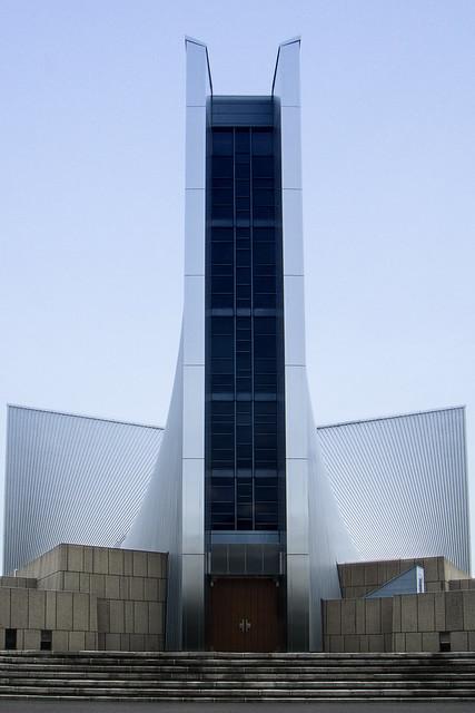 Entrance of St. Mary's Cathedral, Tokyo (東京カテドラル聖マリア大聖堂)