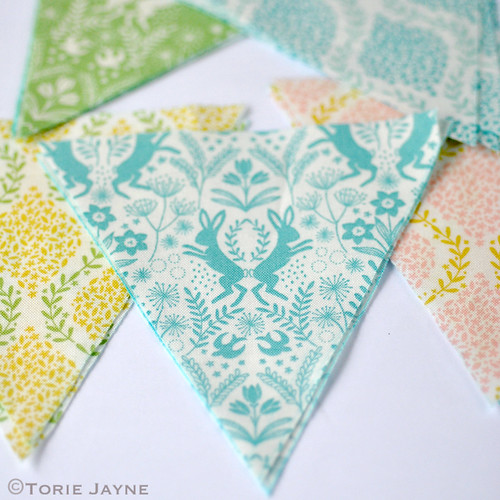 Mini bunting tutorial 1