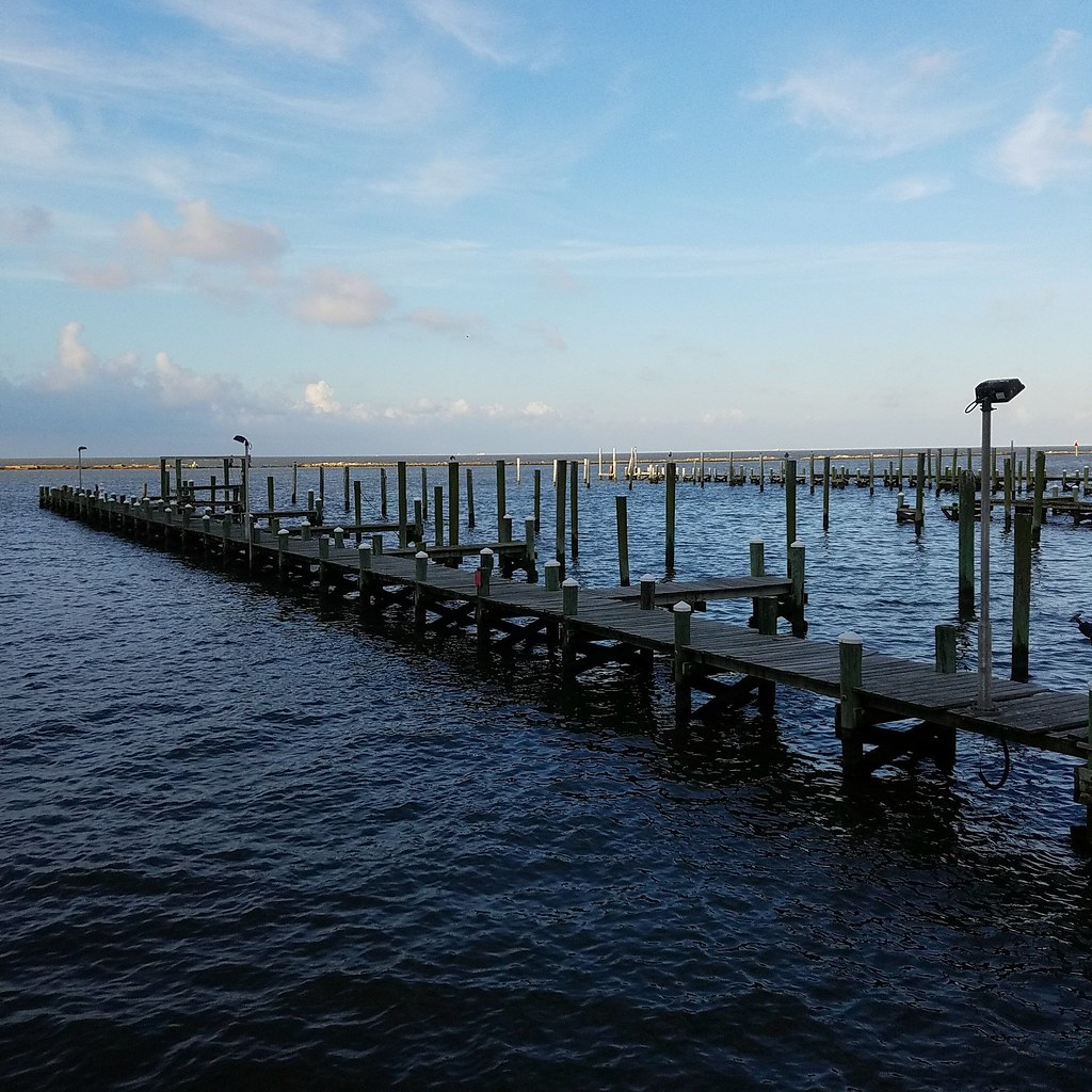 ocean springs Dining in ocean springs, mississippi: see 6,810 tripadvisor traveller reviews of 157 ocean springs restaurants and search by cuisine, price, location, and more.