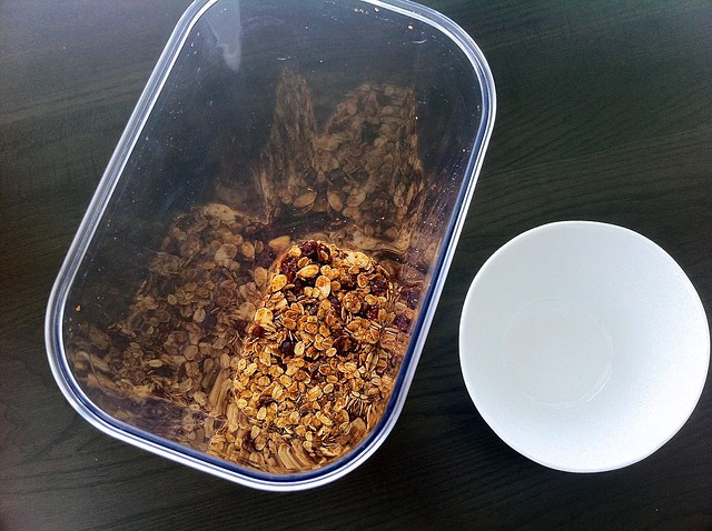 Storing Cinnamon Cranberry Granola