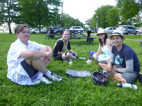 Women & Bicycles' Mother's Day Ride