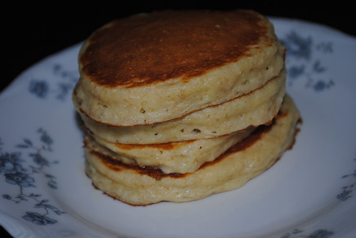 greek yogurt banana pancake (2) by Decorated11