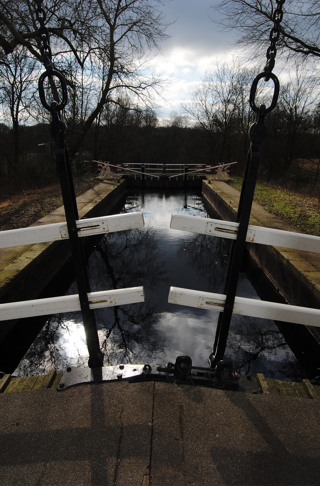 A traditional bridge and water lock in the Amsterdamse Bos.