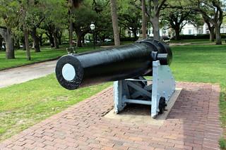 Charleston - White Point Garden: Seven-inch banded Brooks rifle