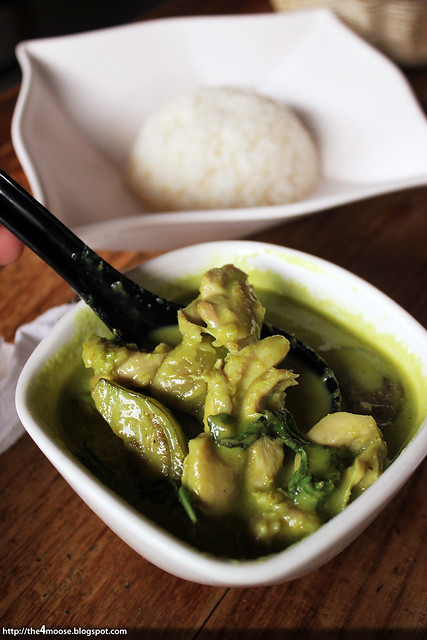 Bar Bar Black Sheep -  Green Curry Chicken