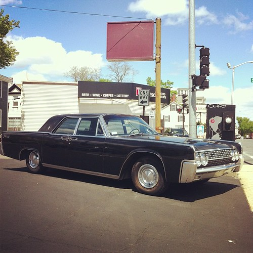 Most favorite car ever - '62 Lincoln