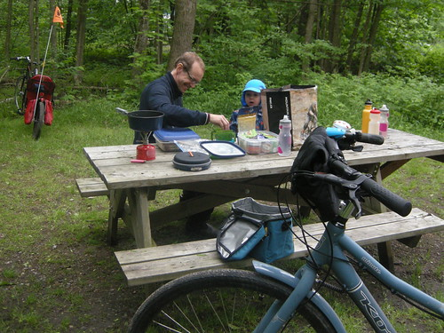 Bike camping to Parc de Plaisance