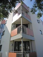 Meon_Grove-flats-corner-balconies