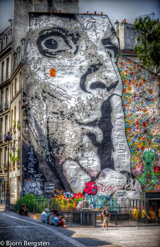 Chuuuttt, huge stencil of Jef Aérosol, Beaubourg - Paris [Explored]