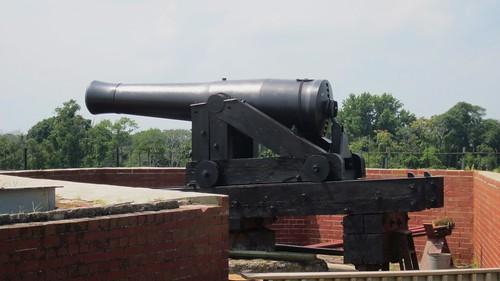 Fort Delaware, 8-inch Columbiad muzzleloader
