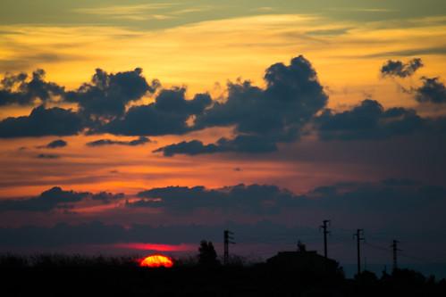 sunset cloud sun house clouds sunrise geotagged casa tramonto nuvole nuvola power line sicily powerline pali palo sicilia elettrici elettrico marsala enel paloelettrico elettrodotto palielettrici geo:lat=378025893254585 geo:lon=12492498457431793
