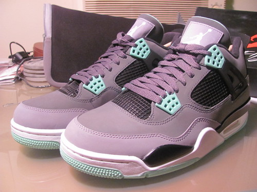 Air Jordan Retro IV - Green Glows
