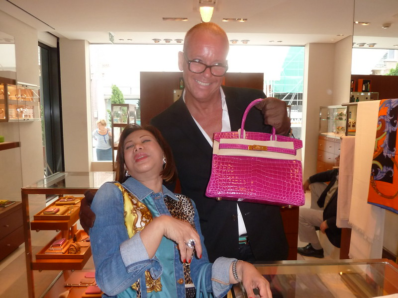 08918b8e5741 PRINCESS DR BECKY LEOGARDO BUYS 17TH HERMES BIRKIN BAG IN AMSTERDAM FOR  ONLY RM 94