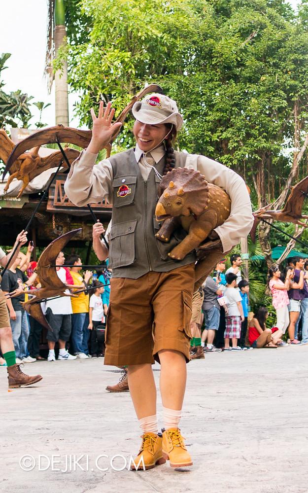 Universal Studios Singapore - Hollywood Dreams Parade - Jurassic Park