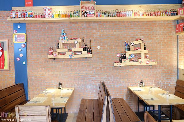 16193164890 f99cc6965b z - 南瓜屋魔女露露的廚房 - 環境非常棒的台中勤美草悟道旁義式餐廳