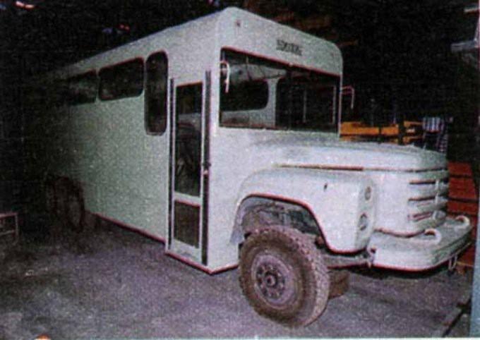 ГолАЗ-4242 Годзила