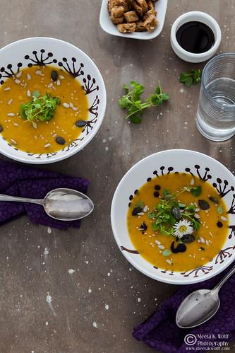 Pumpkin Persimmon Soup (0035)