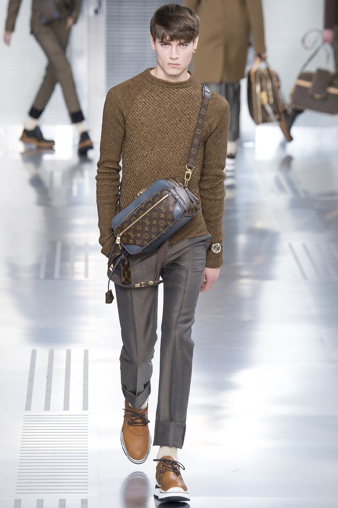 Eduard Badaluta3029_FW15 Paris Louis Vuitton(VOGUE)