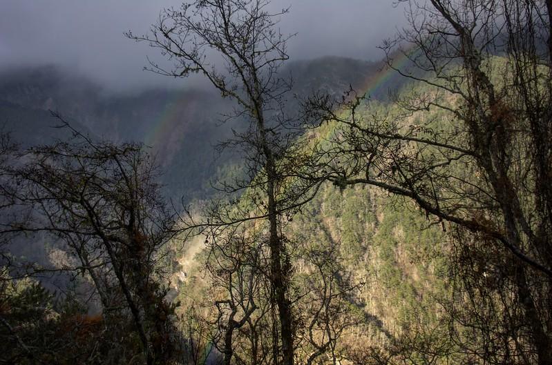 中橫公路的彩虹 HDR 合成