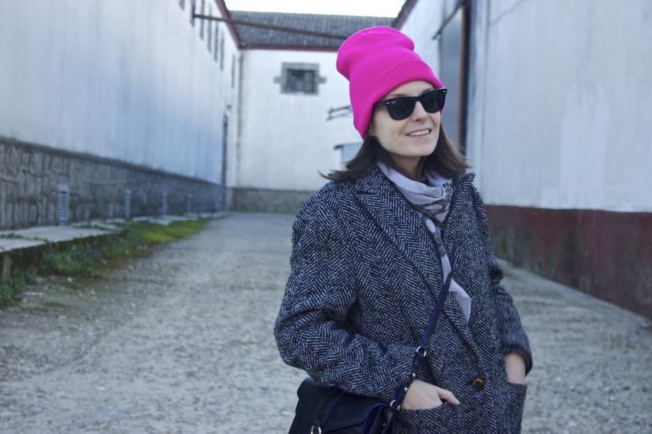 lara-vazquez-madlula-beanie-look-ootd-style