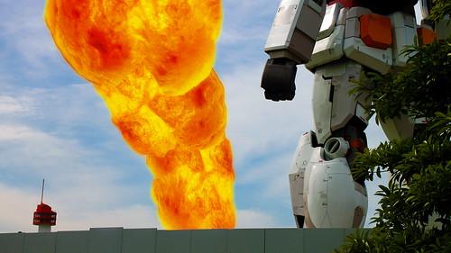 ガンダム爆発