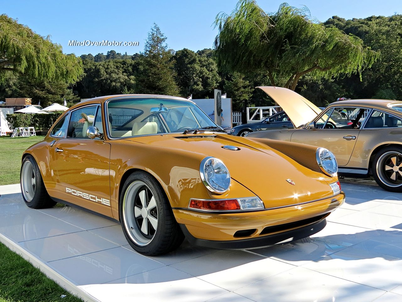 Singer 911 at the Quail Lodge
