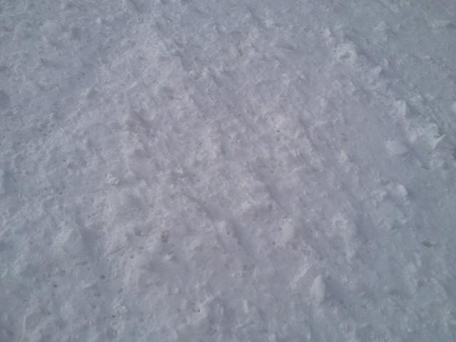 頭蛇ヶ平 氷混じりの雪面