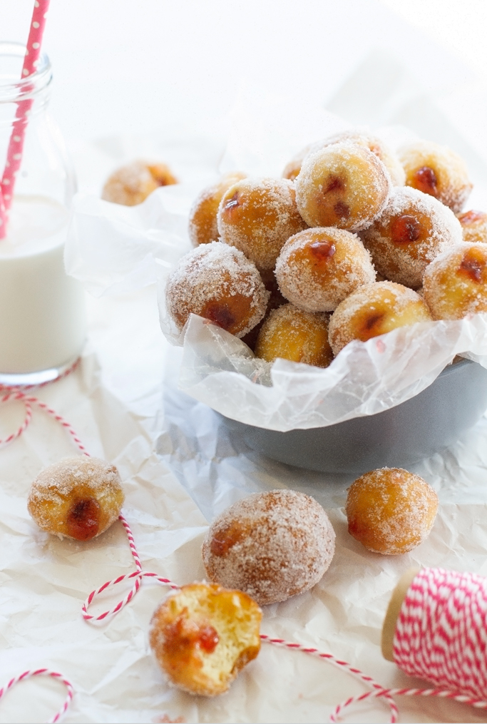 Strawberry Jelly Donut Holes - better than any donut shops version and easy step by step picture so you can make it at home! #doughnuts #donuts #donutholes #jellydonuts   littlespicejar.com
