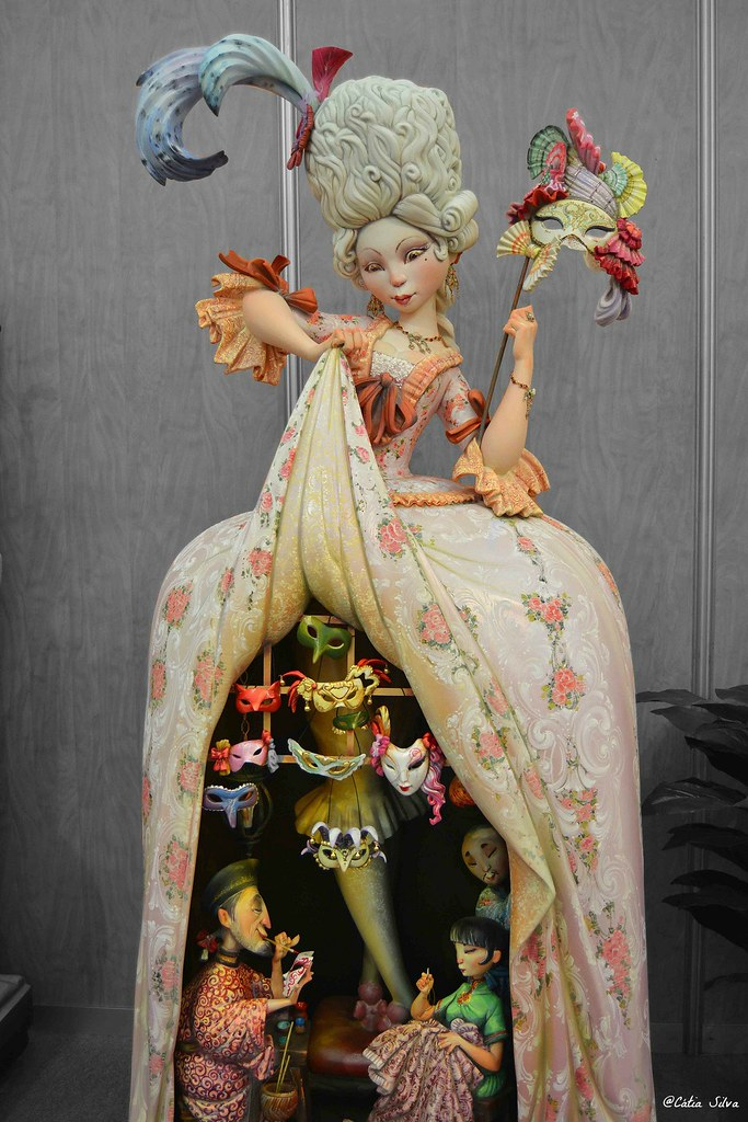 Fallas 2015 - Exposicion del Ninot - Falla Maestro Gozalbo (2)