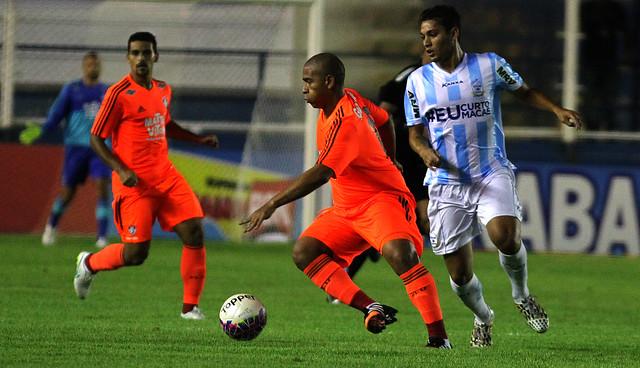 Fluminense perde para o Macaé por 1 a 0 no Estádio Moacyrzão