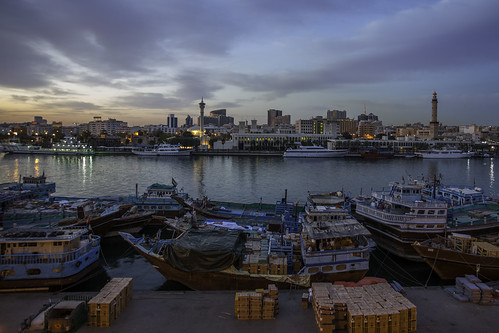 creek sunrise dubai uae dhows kashi