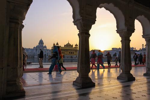 india 2009 amritsar goldentemple 50d