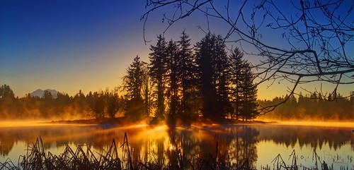 sun lake fog sunrise canon island rays sunrays washingtonstate tamron pnw hdr lawrencelake t4i 1riverat matthewreichel