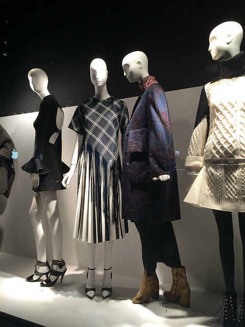 Fall Fashion 1 (fringe)