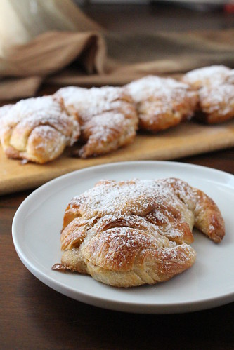 almond croissant recipes