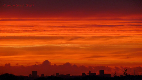 travel sunset sky sun holland tower nature netherlands dutch zonsondergang europe utrecht domtoren view apartment you toren dom nederland panasonic views zon zeist webshots tz5