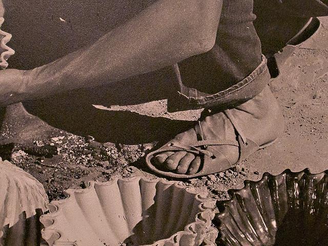 make your own shoes leather sandals strayfoto. Black Bedroom Furniture Sets. Home Design Ideas