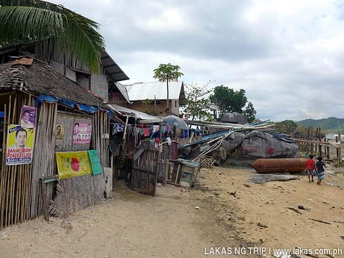Community near Yaposan Beach in El Nido, Palawan