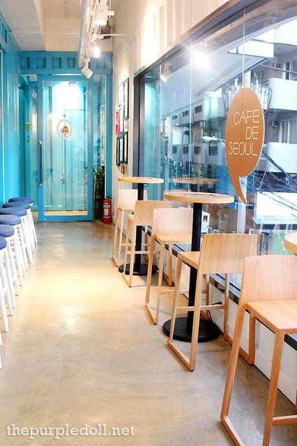 Cafe De Seoul Entranceway